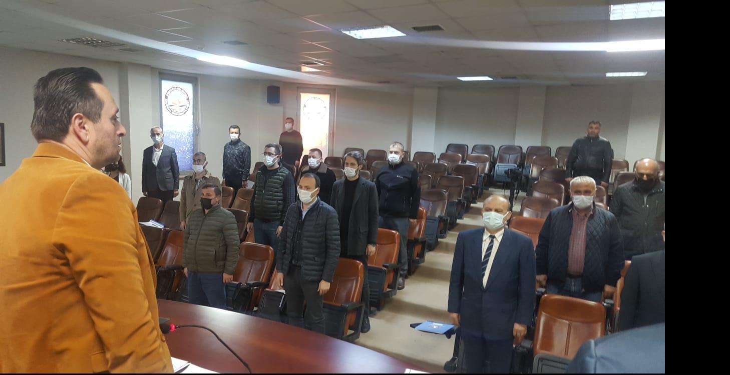 Ak Parti Grubu Belediye Meclis Oturumunu Terk etti